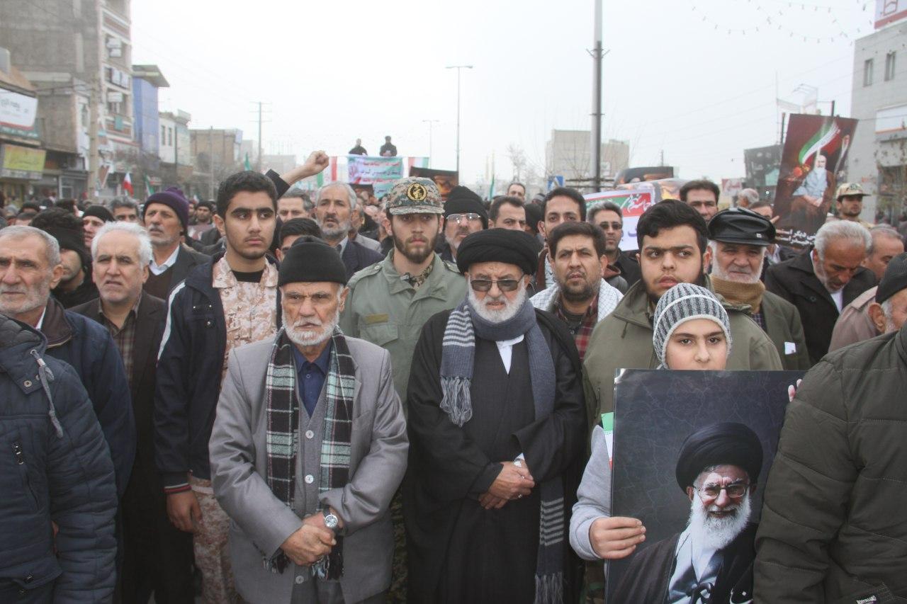 حضور پررنگ نسلهای مختلف مهمترین شاخصه توفیق انقلاب اسلامی است