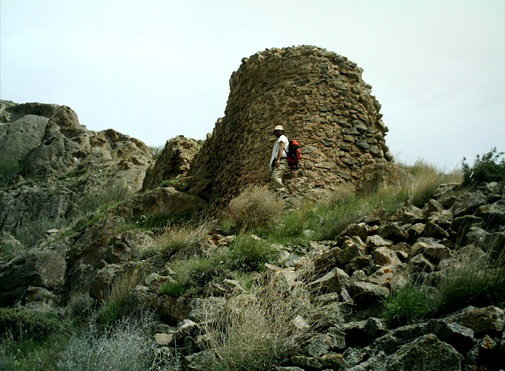 محوطههای باستانی زیرتیغ فعالیتهای عمرانی/شناسایی ۱۴۸ محوطه تاریخی در آبیک