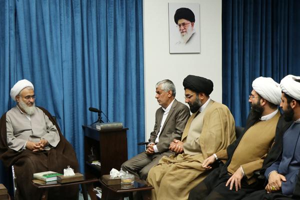 دیدار امام جمعه جدید آبیک با نماینده ولی فقیه در قزوین