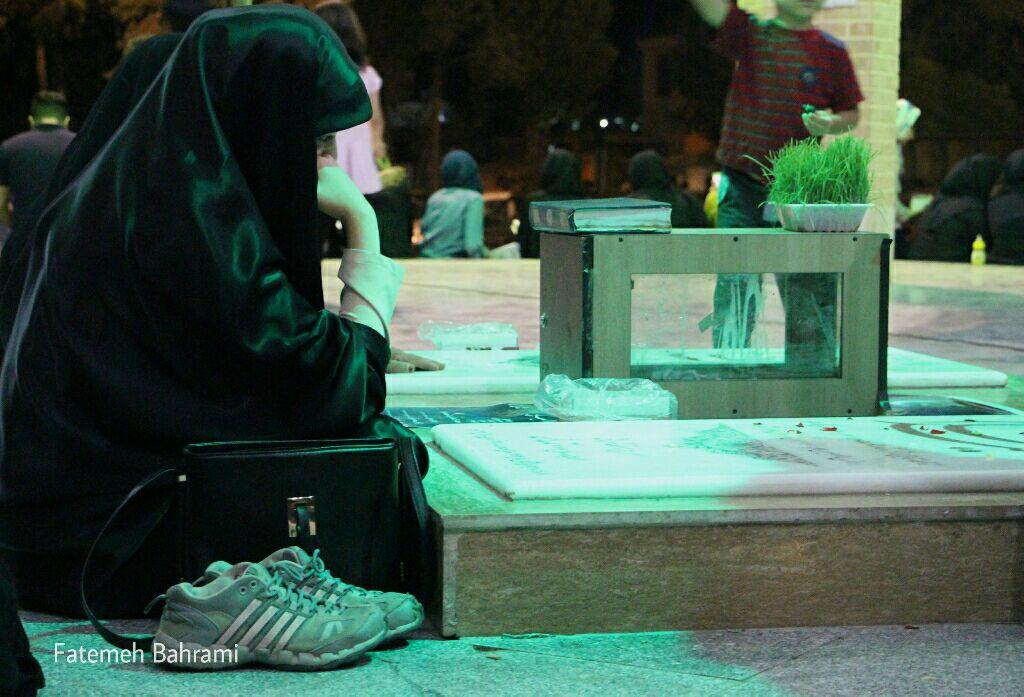 مراسم احیا شب ۲۱ ماه رمضان در جوار مزار شهدای گمنام