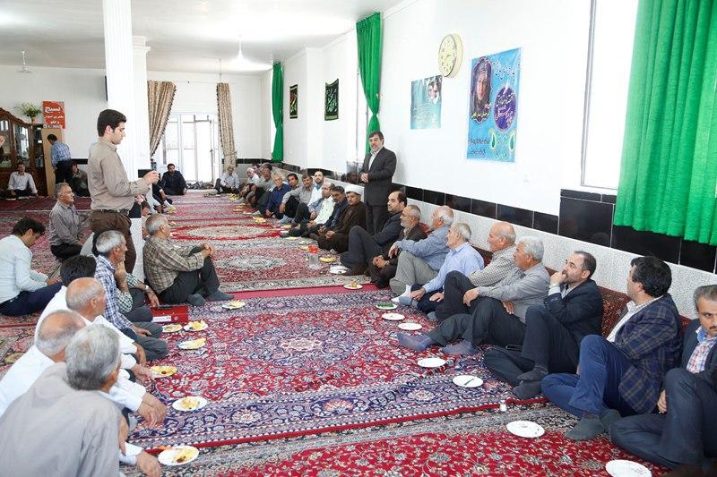 ملت ایران از تحریمهای آمریکا ترسی ندارد/مردم در بیان مطالبات نباید دچار لکنت شوند