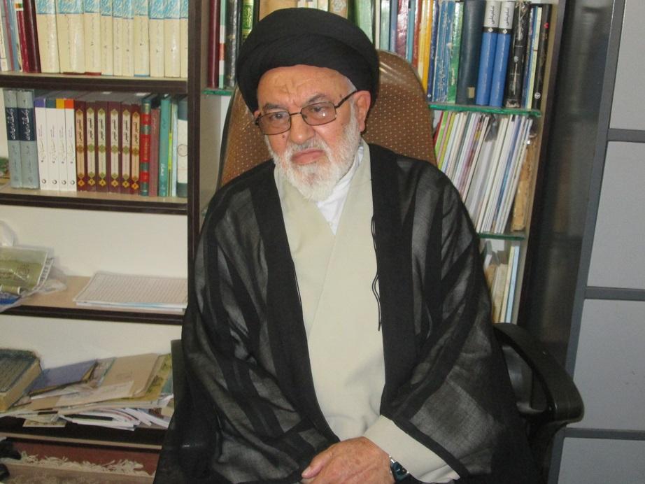 آیت الله رئیسی کاندیدای اصلح است/ روحانی به وعدههایش عمل نکرد